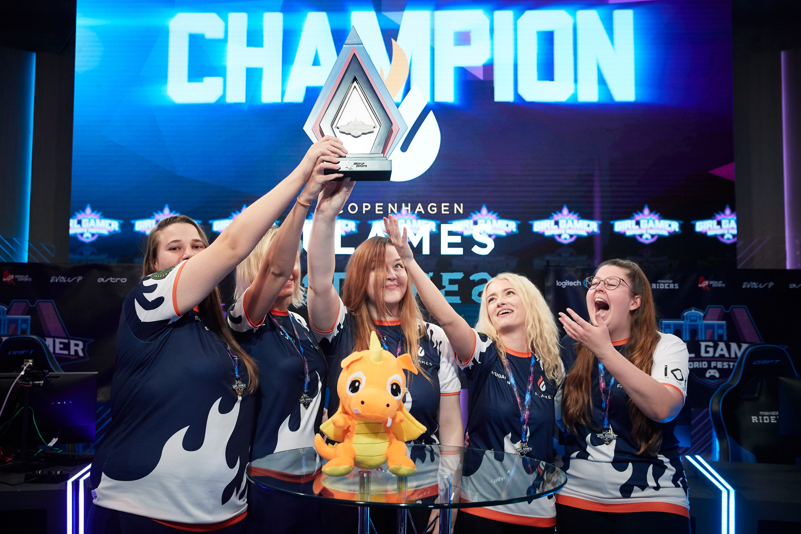 MADRID, SPAIN - SEPTEMBER 29: Copenhagen Flames team stand their trophy after winning their CS:GO final game against Besiktas during day 2 of the Girl Gamer Madrid Festival at Movistar eSports Center on September 29, 2019 in Madrid, Spain. (Photo by Gonzalo Arroyo Moreno/Getty Images)